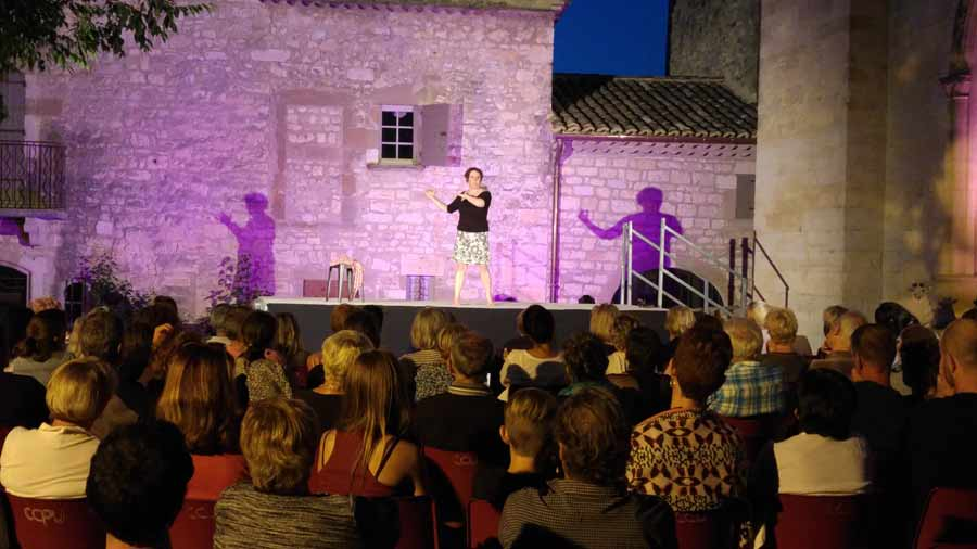 Catherine Caillaud et ses contes coquins